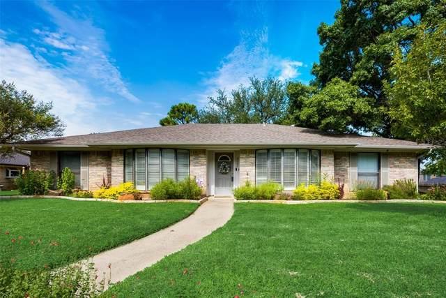2102 Waterwood Drive, Arlington, TX 76012 (MLS #14635669) :: Real Estate By Design