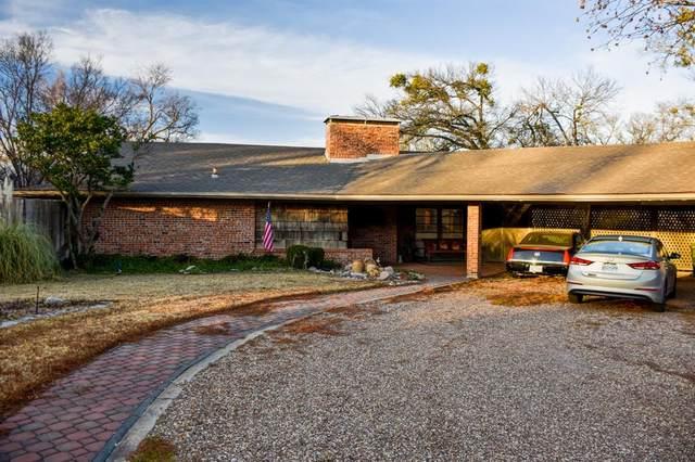 1221 W Washington Street, Sherman, TX 75092 (MLS #14635830) :: The Chad Smith Team