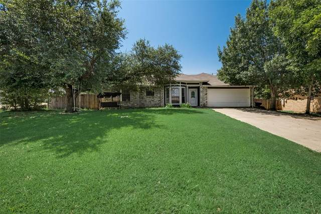 201 Bowles Court, Kennedale, TX 76060 (MLS #14635852) :: Real Estate By Design