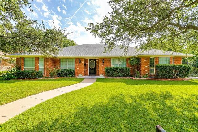6621 Kingswood Drive, Fort Worth, TX 76133 (MLS #14635973) :: Real Estate By Design
