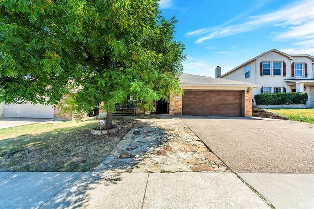 9909 Peregrine Trail, Fort Worth, TX 76108 (MLS #14636039) :: All Cities USA Realty
