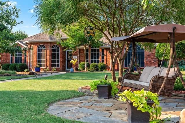 3414 Summer Solstice, Rowlett, TX 75088 (MLS #14636109) :: The Mauelshagen Group