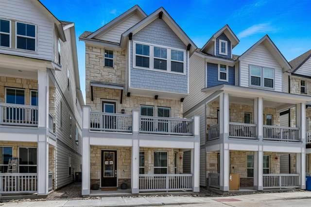 220 Lanyard Drive, Lewisville, TX 75057 (MLS #14636290) :: Real Estate By Design