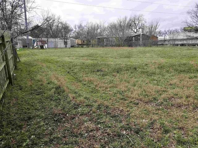 319 E Miller Street, Burleson, TX 76028 (MLS #14636315) :: Real Estate By Design