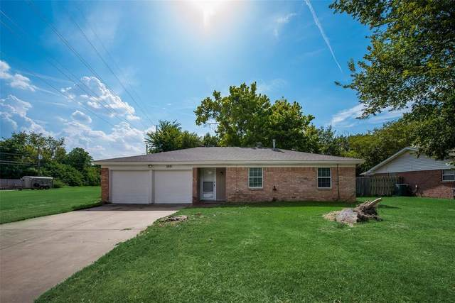 2821 Rufe Snow Drive, Richland Hills, TX 76118 (MLS #14636355) :: Real Estate By Design