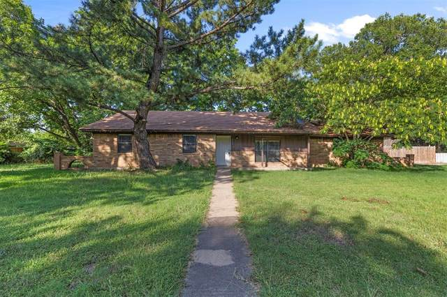 205 S Washington Street, Cleburne, TX 76031 (MLS #14636381) :: The Russell-Rose Team