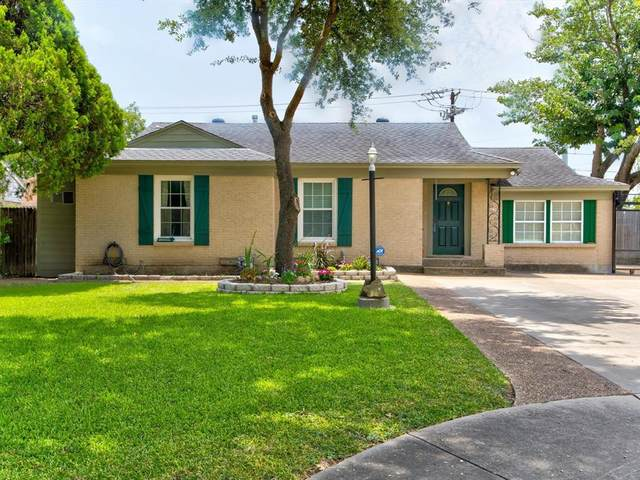 1602 Crest Ridge Drive, Dallas, TX 75228 (MLS #14636403) :: Real Estate By Design