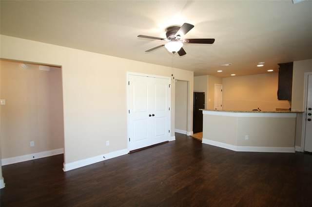 131 Sunburst Court, Weatherford, TX 76087 (MLS #14636440) :: The Hornburg Real Estate Group