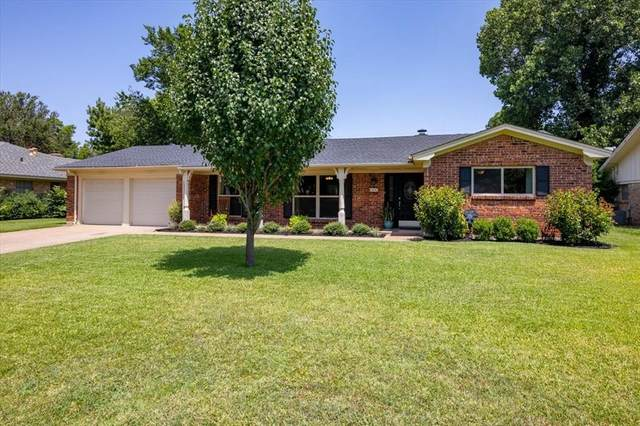 444 Brookview Drive, Hurst, TX 76054 (MLS #14636600) :: Real Estate By Design