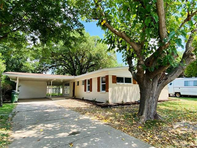 603 Carswell Terrace, Arlington, TX 76010 (MLS #14636682) :: Real Estate By Design
