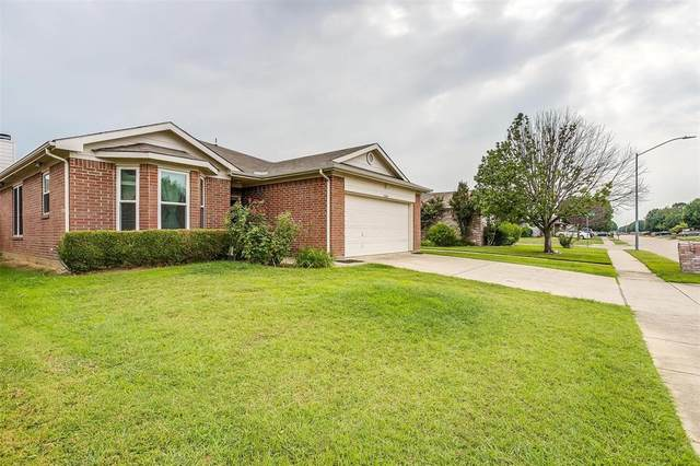 1004 Buffalo Springs Drive, Fort Worth, TX 76140 (MLS #14636730) :: Russell Realty Group