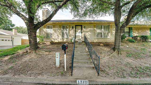 1210 Lexington Drive, Corsicana, TX 75110 (MLS #14636780) :: The Chad Smith Team