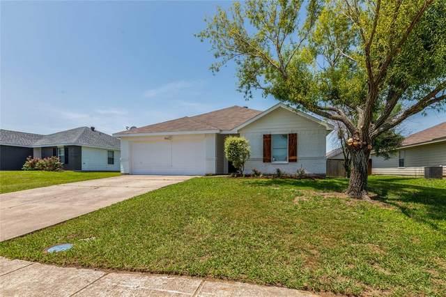102 Sandlewood Drive, Terrell, TX 75160 (MLS #14636818) :: The Mauelshagen Group