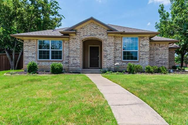 3217 N Bell Avenue, Denton, TX 76207 (MLS #14636833) :: The Mauelshagen Group