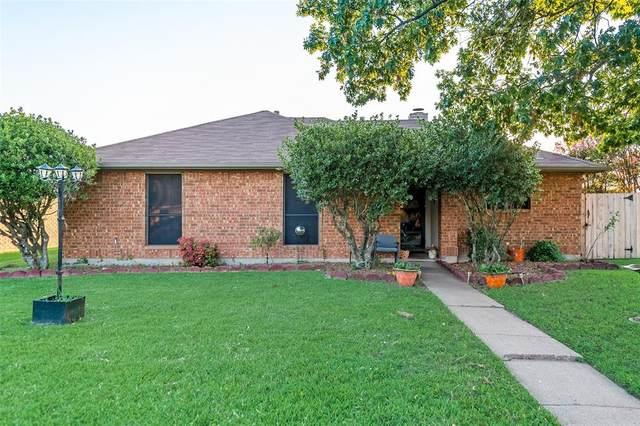 2317 Windridge Lane, Rowlett, TX 75088 (MLS #14636863) :: All Cities USA Realty