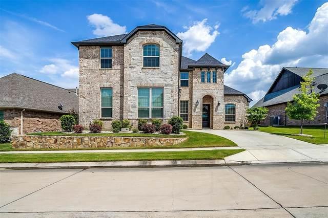 1217 Yosemite Way, Burleson, TX 76028 (MLS #14636889) :: Real Estate By Design