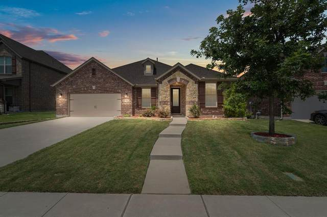 2404 Shenfield Drive, Mckinney, TX 75071 (MLS #14636902) :: Real Estate By Design