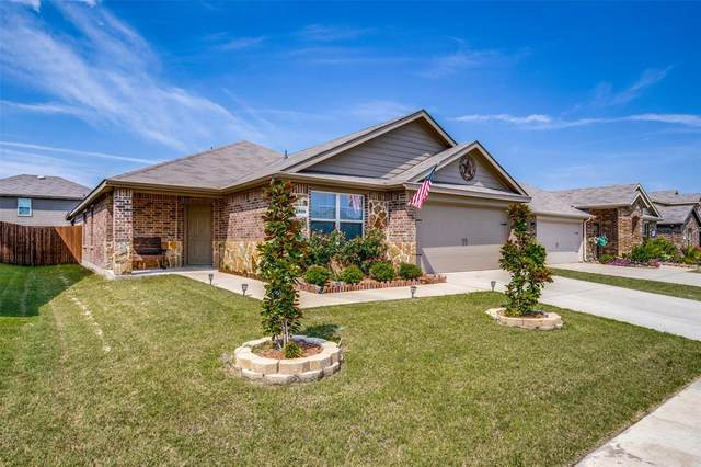 2329 Pontotoc Drive, Forney, TX 75126 (MLS #14636930) :: The Mitchell Group