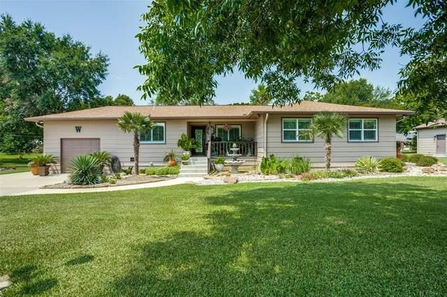 304 Lakeway Boulevard, Tool, TX 75143 (MLS #14636989) :: All Cities USA Realty