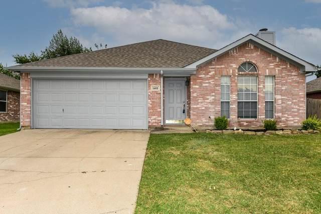 1402 Gray Dawn Drive, Midlothian, TX 76065 (MLS #14637248) :: Frankie Arthur Real Estate