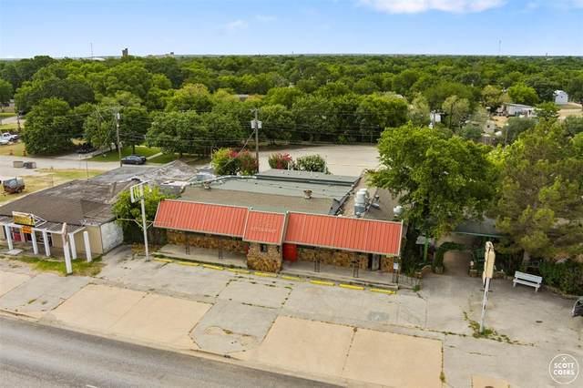 716 W Commerce Street, Brownwood, TX 76801 (MLS #14637380) :: VIVO Realty