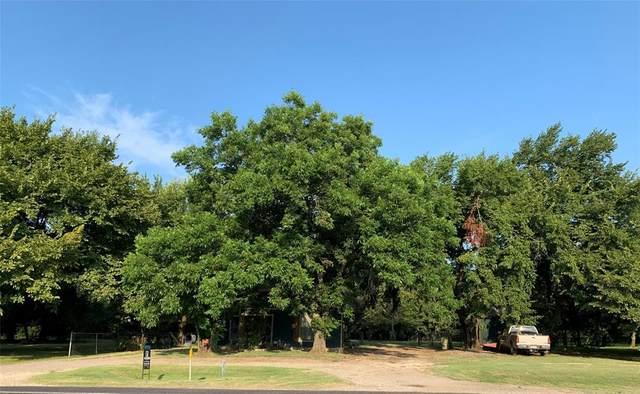 208 S Ray Roberts Parkway, Tioga, TX 76271 (MLS #14637416) :: Frankie Arthur Real Estate