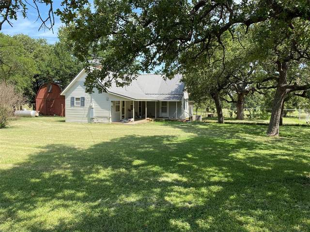2111 Grimes Road, Mineral Wells, TX 76067 (MLS #14637449) :: The Chad Smith Team