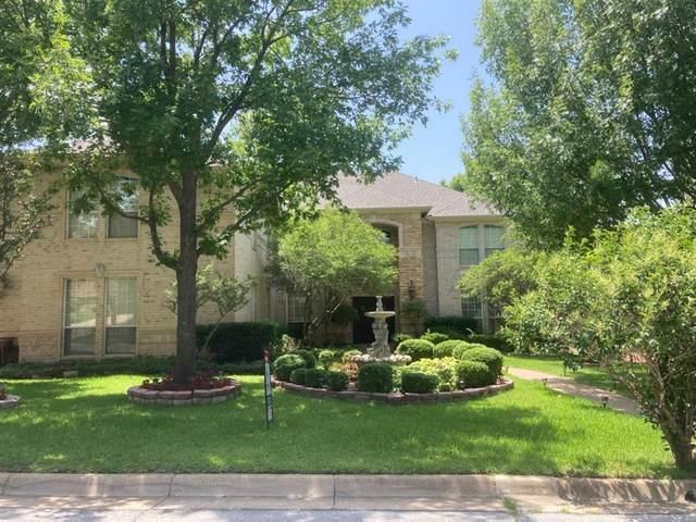 2106 Bay Club Drive, Arlington, TX 76013 (MLS #14637509) :: Wood Real Estate Group