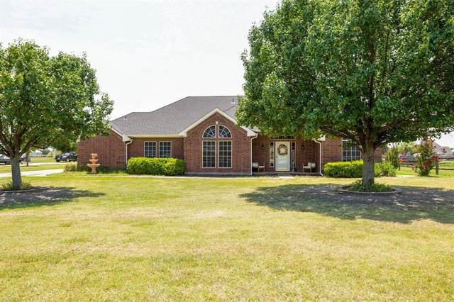 11990 Hill Country Circle, Ponder, TX 76259 (MLS #14637566) :: Real Estate By Design