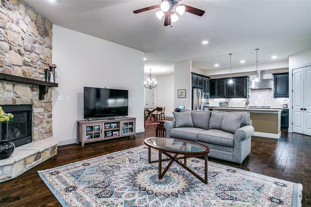 545 Via Amalfi Drive #203, Irving, TX 75039 (#14637608) :: Homes By Lainie Real Estate Group