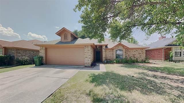 6306 Avanti Drive, Arlington, TX 76001 (MLS #14637647) :: Real Estate By Design