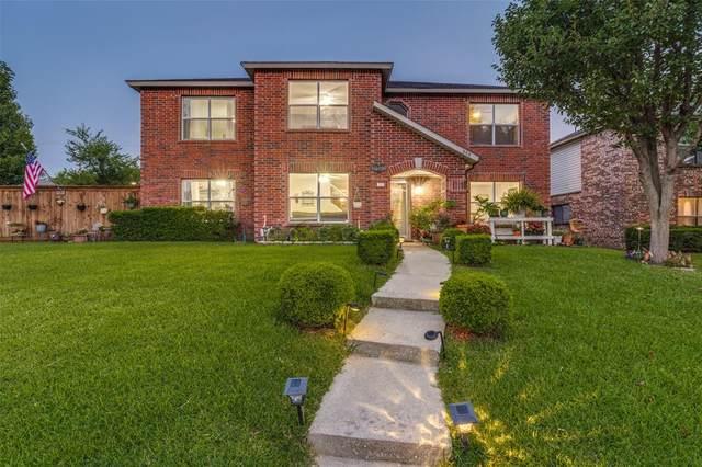 808 Willow Wood Drive, Cedar Hill, TX 75104 (MLS #14637949) :: Wood Real Estate Group