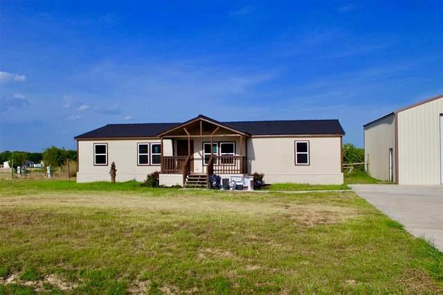 6105 Falcon Court, Joshua, TX 76058 (MLS #14637987) :: Frankie Arthur Real Estate