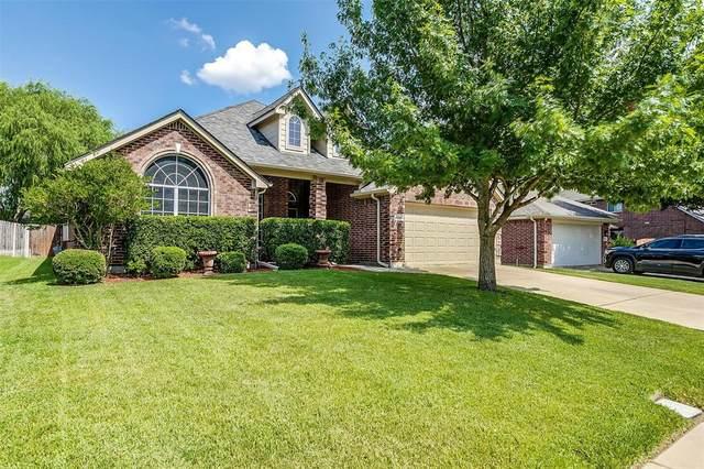 2604 Dogwood Trail, Mansfield, TX 76063 (MLS #14638172) :: NewHomePrograms.com