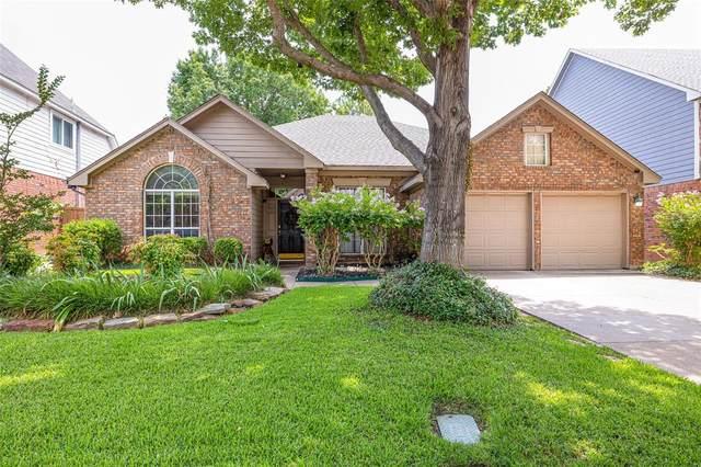 2202 S Branch Drive, Arlington, TX 76001 (MLS #14638227) :: Real Estate By Design