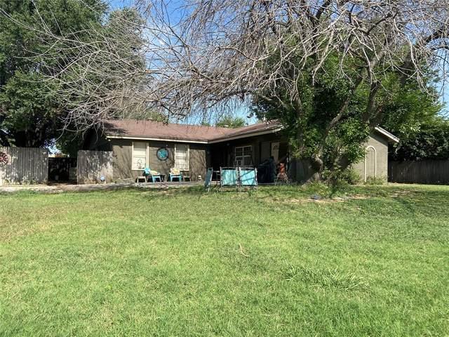 1000 Granada Drive, Chico, TX 76431 (MLS #14638378) :: The Chad Smith Team