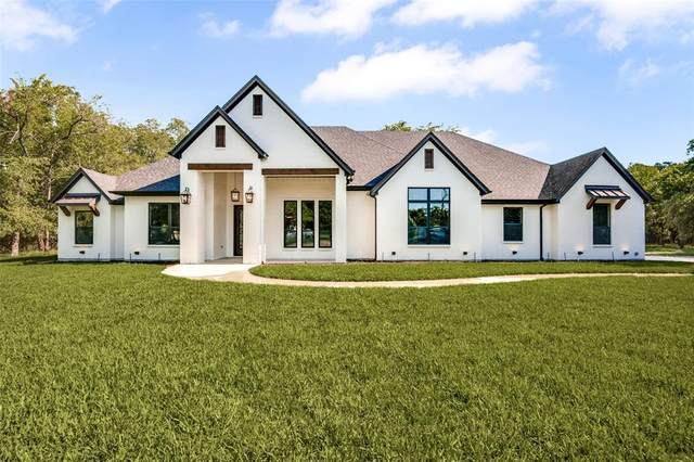 900 Vest Road, Pilot Point, TX 76258 (MLS #14638438) :: All Cities USA Realty