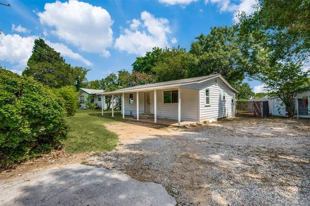 2806 W Shady Shores Road, Corinth, TX 76208 (MLS #14638478) :: The Mitchell Group