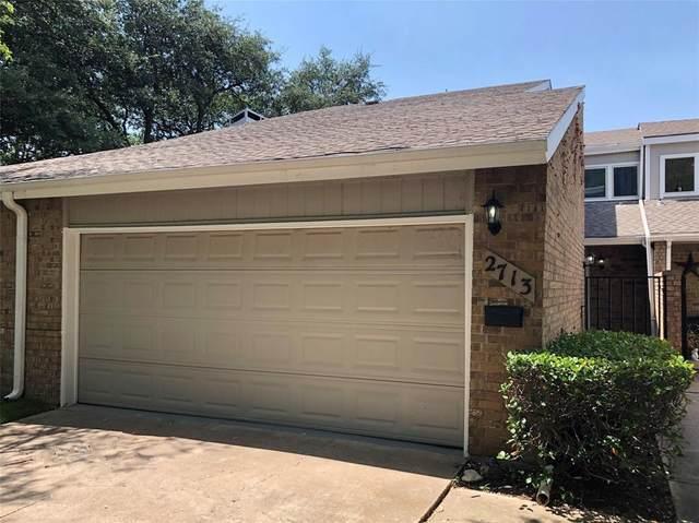 2713 Creek Wood Court, Carrollton, TX 75006 (MLS #14638547) :: Real Estate By Design