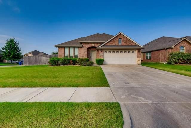 1301 Hearthstone Drive, Burleson, TX 76028 (MLS #14638549) :: Keller Williams Realty