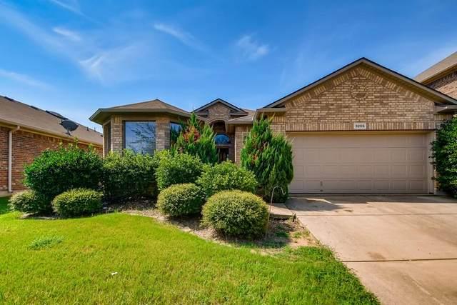 3205 Stonecrop Trail, Denton, TX 76226 (MLS #14638555) :: Real Estate By Design