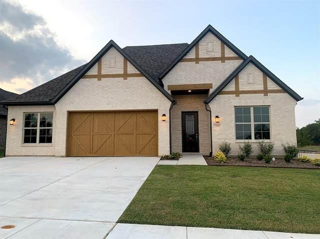 221 Cresta Circle, Keller, TX 76248 (MLS #14638590) :: Wood Real Estate Group