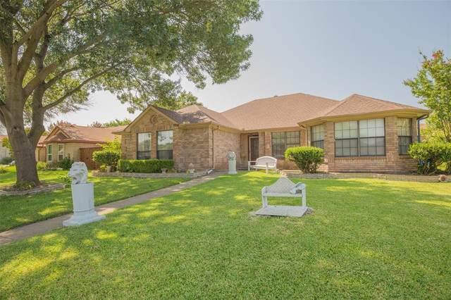 7804 Bucknell Drive, Rowlett, TX 75088 (MLS #14638705) :: The Mauelshagen Group