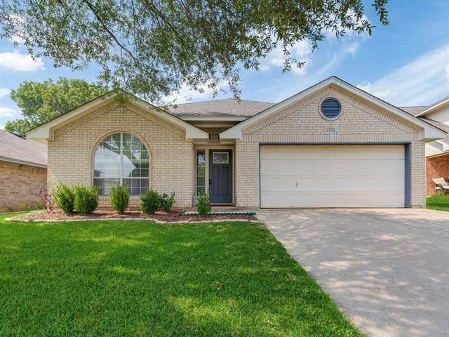 4013 Appleyard Drive, Fort Worth, TX 76137 (MLS #14638721) :: Real Estate By Design