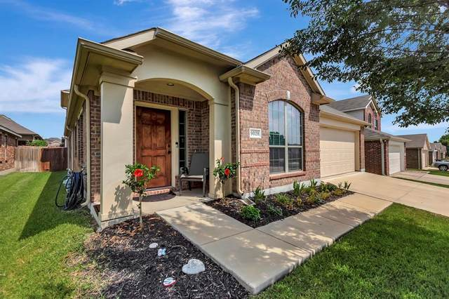 9028 Heartwood Drive, Fort Worth, TX 76244 (MLS #14638804) :: Potts Realty Group