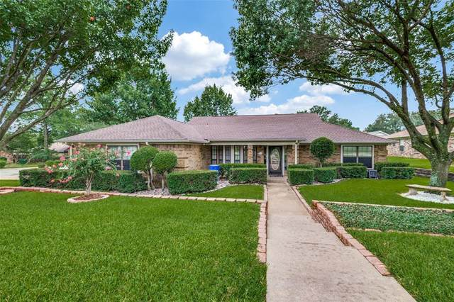 8958 Boca Raton Court, North Richland Hills, TX 76182 (MLS #14638814) :: Real Estate By Design