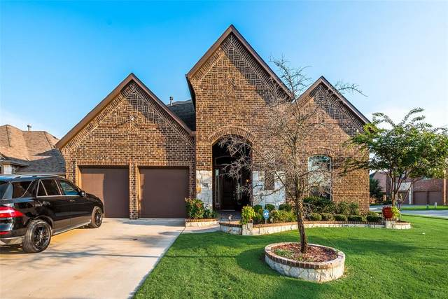 2967 Wood Lake Trail, Grand Prairie, TX 75054 (MLS #14638867) :: EXIT Realty Elite