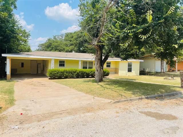 311 19th Street, Mineral Wells, TX 76067 (MLS #14638884) :: The Chad Smith Team