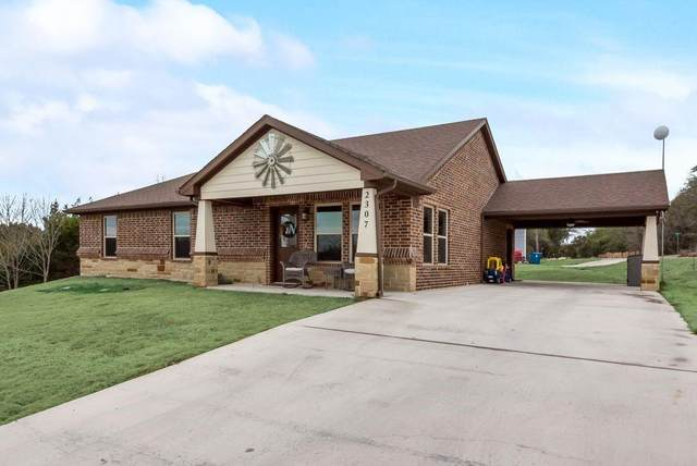 2307 Club Drive, Granbury, TX 76048 (MLS #14638902) :: The Mauelshagen Group