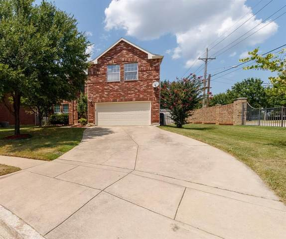 1101 Willowridge Circle, Lewisville, TX 75067 (MLS #14638910) :: Real Estate By Design